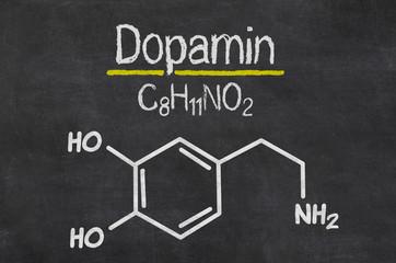 Schiefertafel mit der chemischen Formel von Dopamin