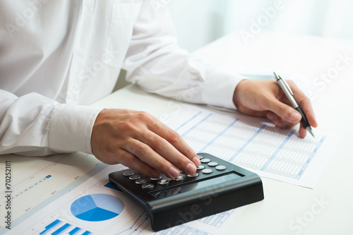 canvas print picture Businessman at work