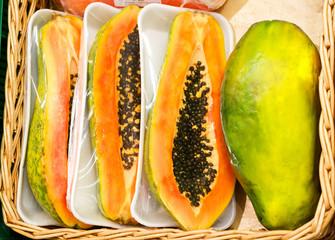 whole papaya fruits