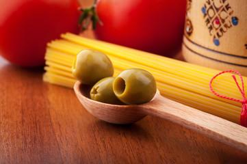 Olives, spaghetti