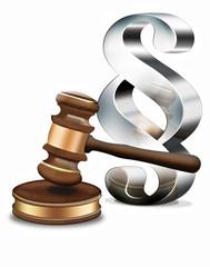 3d  Gerichtshammer mit Paragraph-Symbol, freigestellt