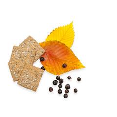 Whole grain crackers, elm leafs, juniper berries