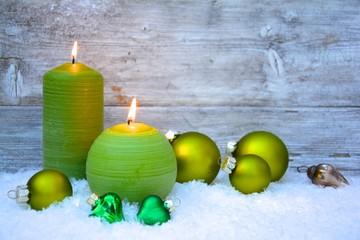 grüne Weihnachtsdekoration