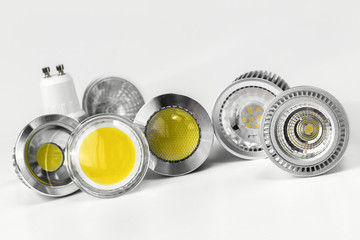GU10 LED bulbs with different sizes of chips used