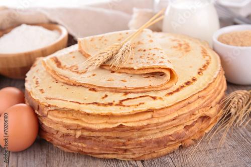 Papiers peints Dessert crepe and ingredients