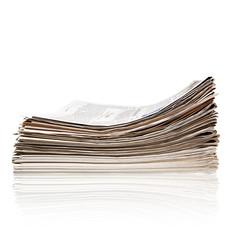 Stapel aktueller Zeitungen