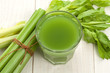 Green juice with celery - 70291719
