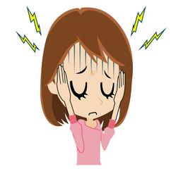 頭が痛い若い女性