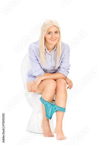 Id Teen Woman Blond 100