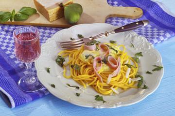 Spaghetti Schinken-Sahne-Sauce