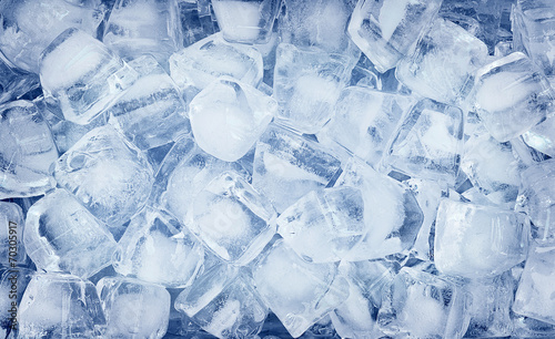 background with ice cubes - 70305917