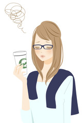 カフェタイムの悩む女性 メガネ