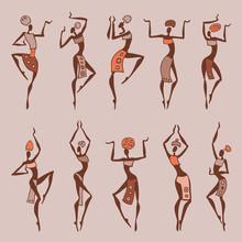 Dansende vrouw in etnische stijl.