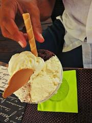 Mangiando il gelato