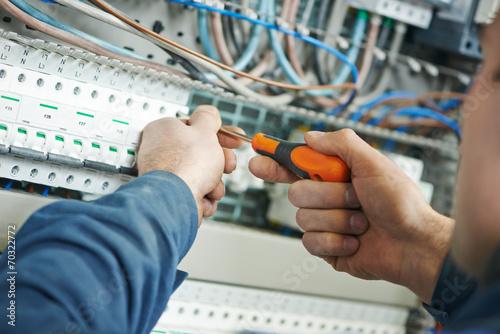 Leinwanddruck Bild electrician work