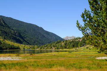 Llebreta lake