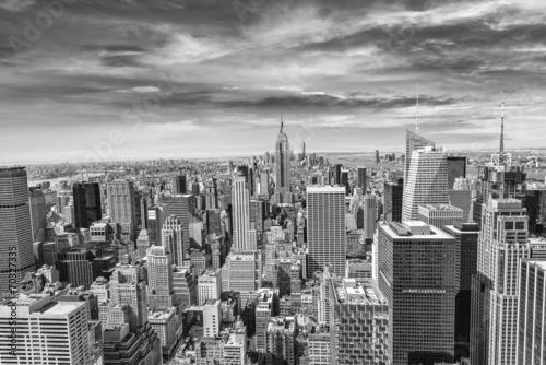 Beautiful view of  New York City skyline - 70327335