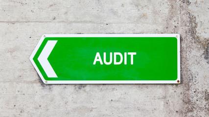 Green sign - Audit