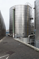 One silos in stainless steel