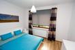 Nowo umeblowana sypialnia gotowa do zamieszkania