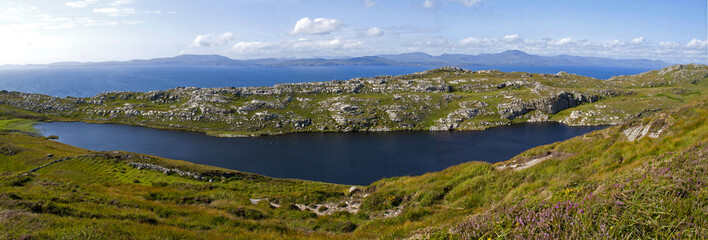 Lough Akeen auf dem Sheaps Head, Irland