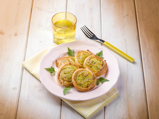 zucchinis canapé