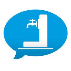 Etiqueta tipo app azul comentario fuente agua potable