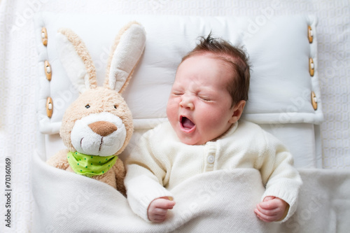 Baby with bunny - 70360169