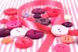 Leinwanddruck Bild - Pink and purple haberdashery buttons and craft ribbon