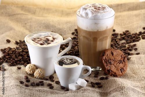 Kaffee, Espresso, Latte Macchiato - 70369789