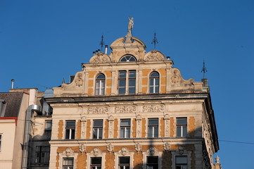 Altes Wiener Gebäude, Moulin Rouge