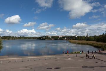 Набережная залива Тёёлёнлахти. Хельсинки. Финляндия.