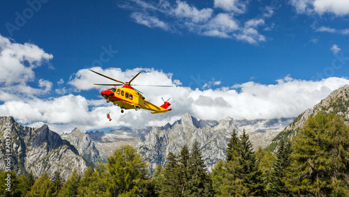 Foto op Canvas Helicopter alpine helicopter rescue