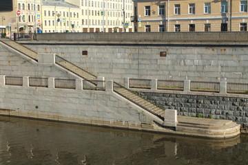 облицовка набережной обводного канала