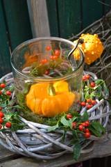 Herbstkranz mit Kürbis