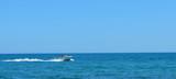 Lancha en el mar