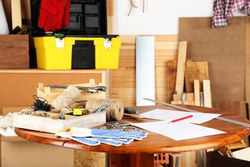 Working tools in workshop