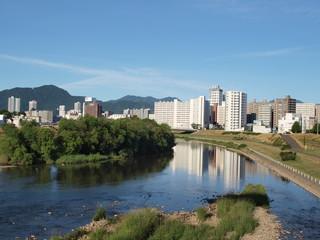 緑の豊平川