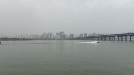 韓国ソウル-漢江と水上バイク1