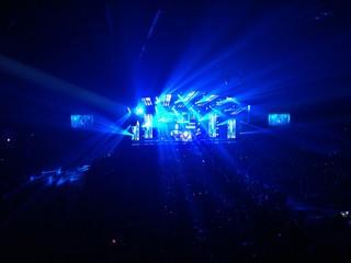 concert blue light