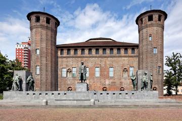 Emanuele Filiberto Denkmal, Palazzo Madama, Turin
