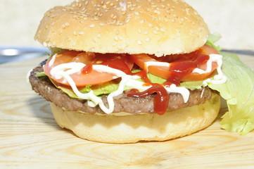 Hamburger con salse