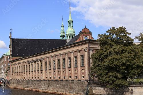 canvas print picture Holmens Kirche in Kopenhagen mit Anbau.