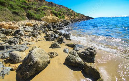 Leinwanddruck Bild rocky beach