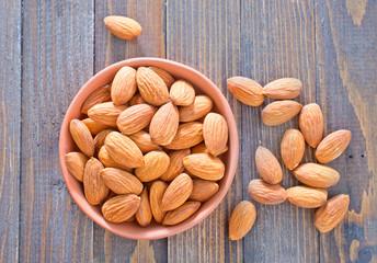 almond nuta