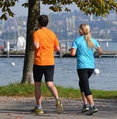 jogging en bordure du lac de zurich