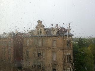 Haus bei regen
