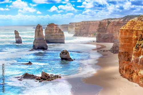 Tuinposter Oceanië Twelve Apostles along the Great Ocean Road in Australia