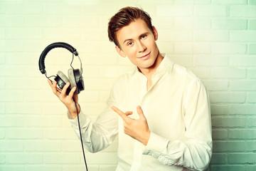 good headphones