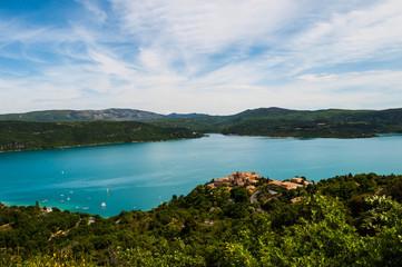 Lac de Sainte croix.